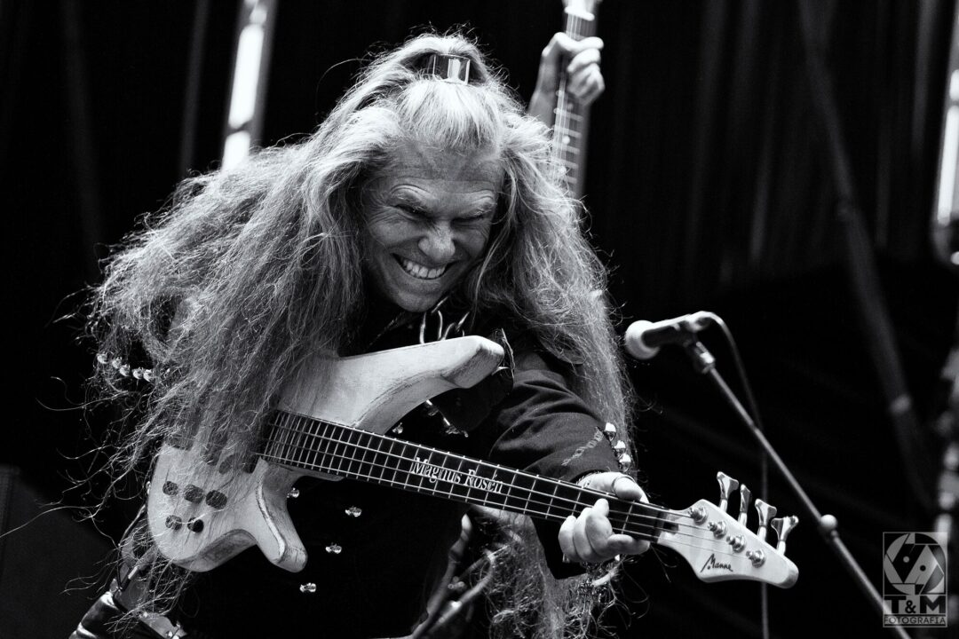 """Fretless """" Funk """" Bassfusion with me and the sound of the jazz guitarist legendar Ulf Wakenius!"""